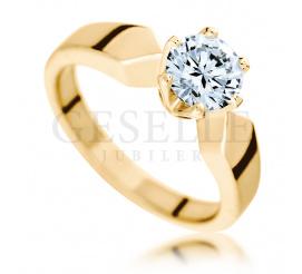 Wyjątkowy pierścionek zaręczynowy z olśniewającym brylantem o masie 1,00 ct