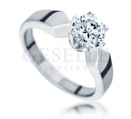 Nadzwyczajny pierścionek zaręczynowy o masie 1,00 ct z białego złota