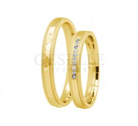 Delikatny komplet obrączek ślubnych z zółtego złota pr.585 z kamieniami