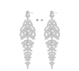 Urocze i eleganckie kolczyki z kolekcji ślubnej z kryształami Swarovski
