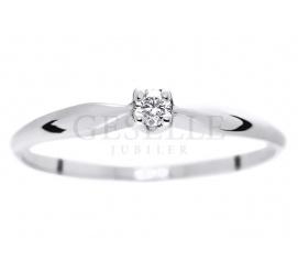 Uroczy pierścionek z brylantem 0,10 ct - idealny na oświadczyny