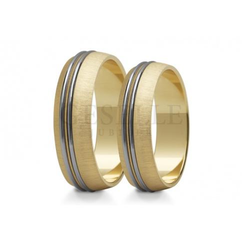 Eleganckie obrączki ślubne z dwóch kolorów złota z matem i dwoma krążkami z białego polerowanego kruszcu