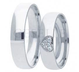 Wyjątkowy duet obrączek ślubnych z białego złota z symbolem serca - cyrkonie lub brylanty